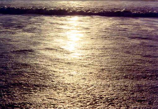 hb040w-hermosa-storm-waves-4