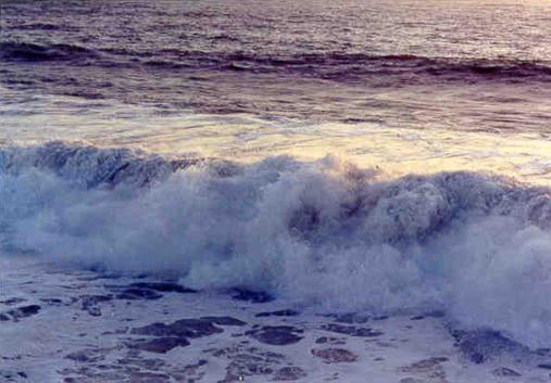 hb110w-hermosa-storm-waves-11
