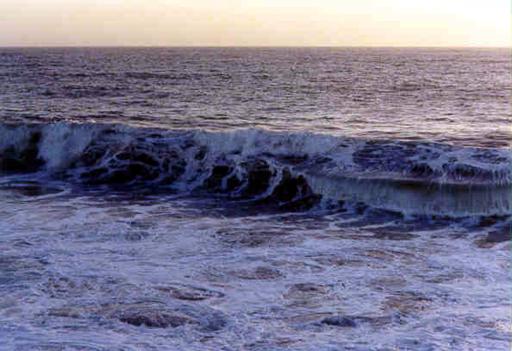 hb120w-hermosa-storm-waves-12