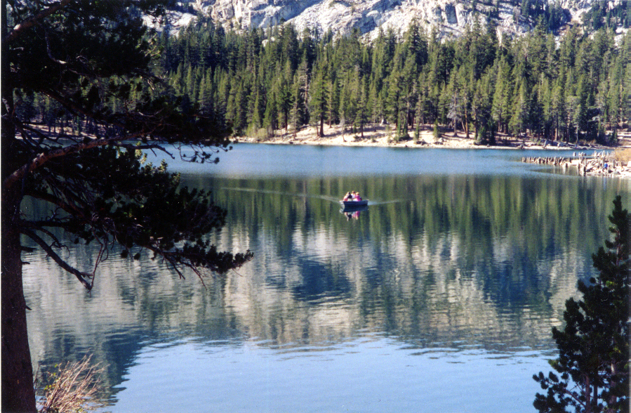 lake-mary-boat-mm010