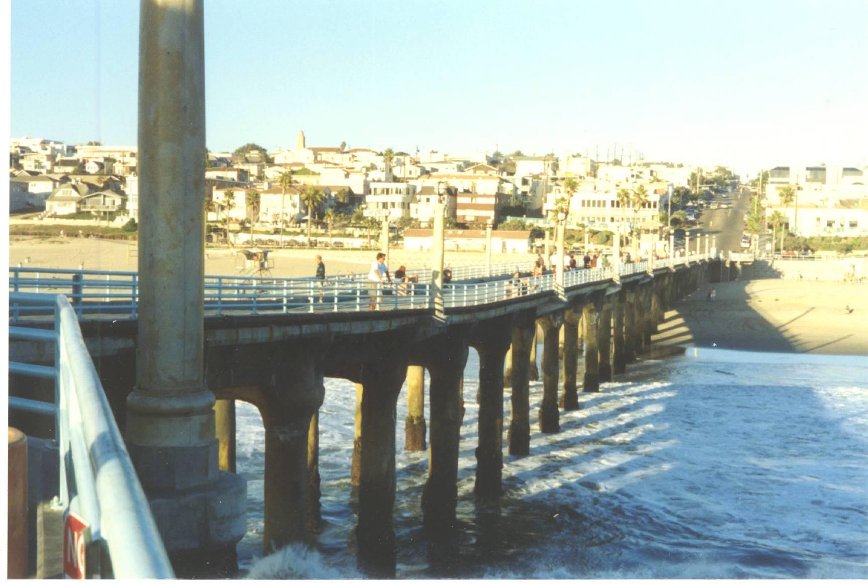 manhattan-beach-from-pier