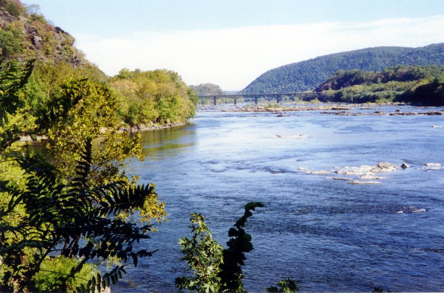 Confluence of Potomac-Shenandoah HF001