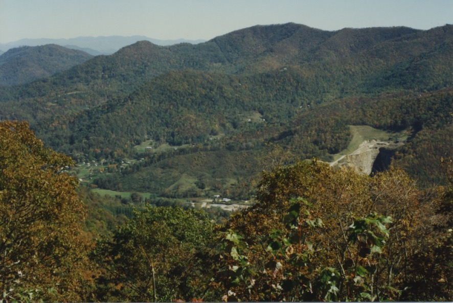 Gatlinburg & Cove Field Ridge BR Pkw