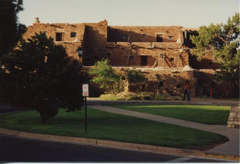 Hopi House & El Tovar 1