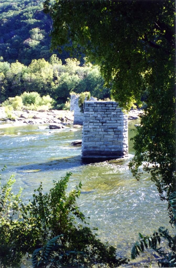 Shenandoah River HF007 300