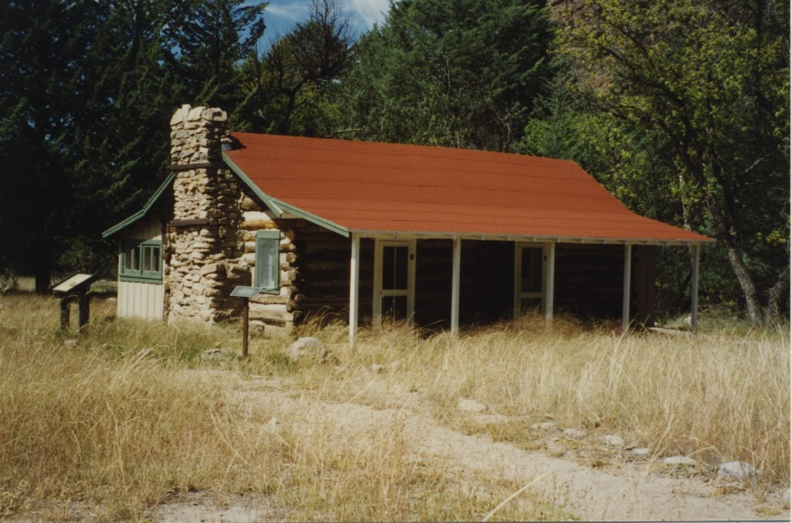 Small House & Chiricahua