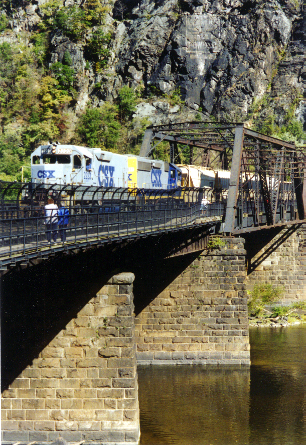 Train X Potomac HF008