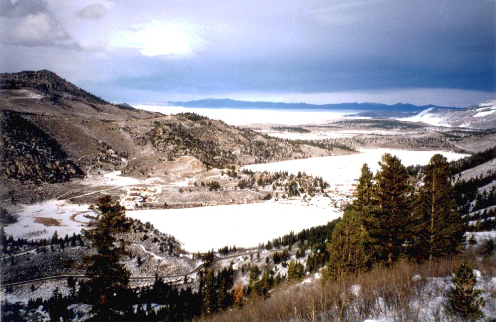 XM007W June Mtn Mono Lake